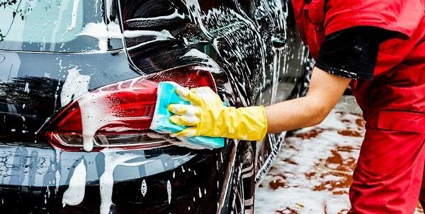 Как правильно мыть машину?